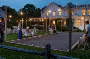 Guests play a game of bocce ball