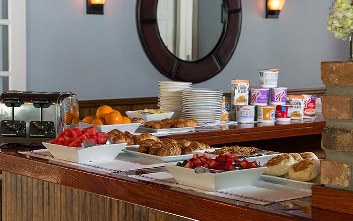 Breakfast Bar Long Beach Reservations