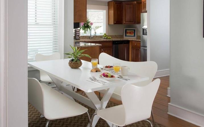 Guestroom-Osprey-Suite-6