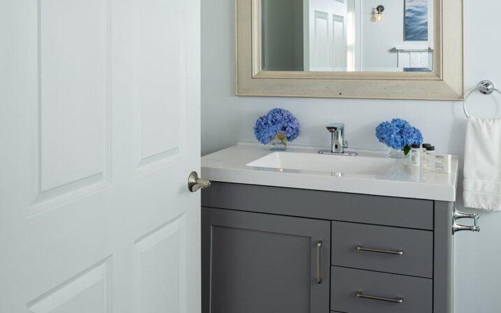 menhaden-suite-bathroom-sink